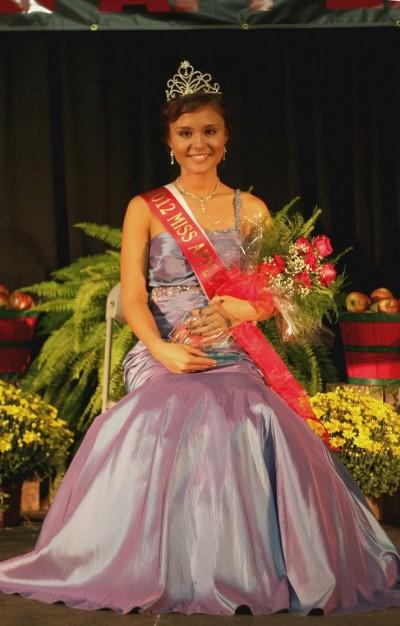 Mahala Miller As 2012 Miss Apple Blossom Queen